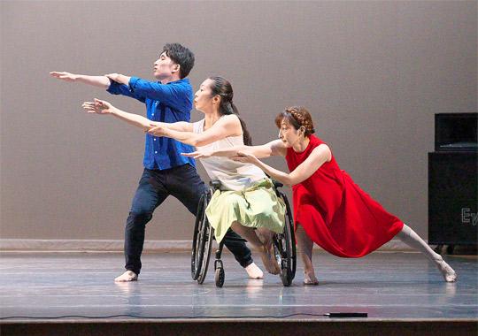 【文化庁委託事業  令和2年度障害者による文化芸術活動推進事業】Integrated dance company 響-Kyo 高知公演